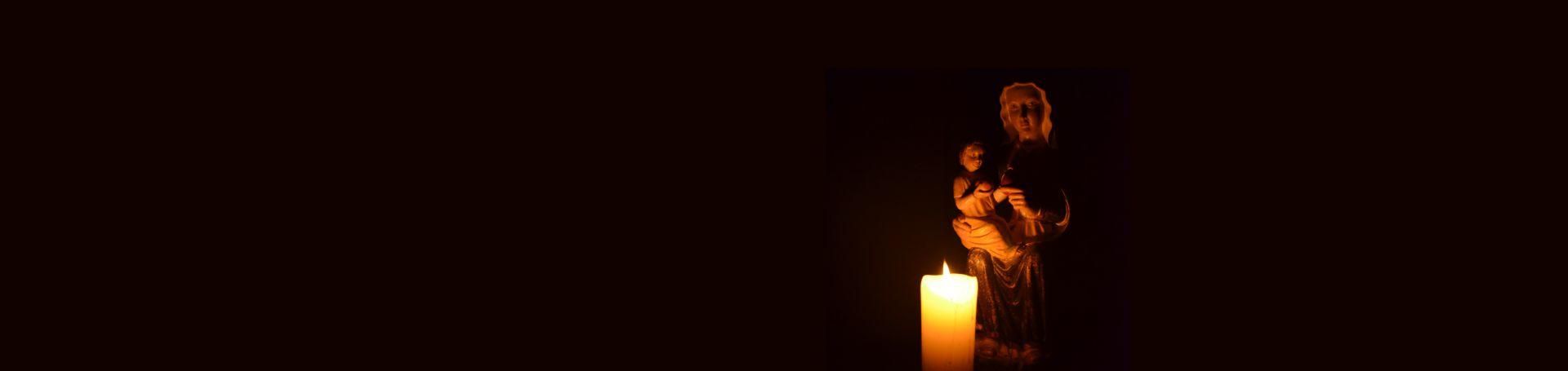 Gnadenmutter mit Kerze